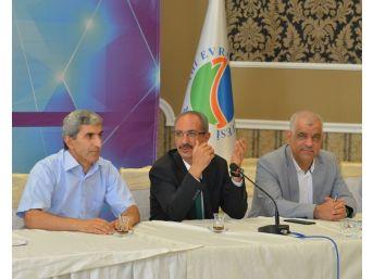 Kırşehir Aeü 'iç Tetkik Değerlendirme Toplantısı', Rektör Karakaya Başkanlığında Yapıldı