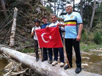Sandıklı Doğa Sporları Gönüllüleri Tokalı Kanyonu Başarıyla Geçti