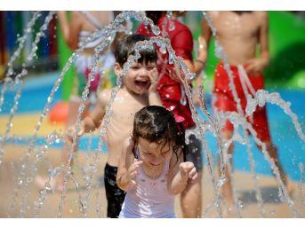 Bursa'nın İlk Su Oyunları Parkı Açıldı