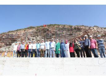 Başkan Gürlesin Pamukkale Belediyesi Kent Konseyi Üyelerine Projeleri Tanıttı