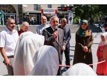 Merkez Kur'an Kursları Yararına Kermes Düzenlendi