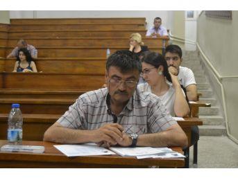 Aöf'de 3 Ders Sınavları Yapıldı