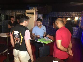 (özel) Taksim'de Turizm Polisinden Şok Uygulama