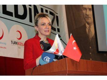 İzmir İl Sağlık Müdürü Salnur: