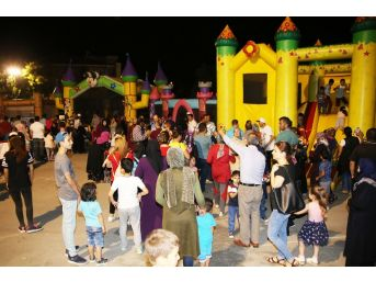 Karaman'da Çocuk Şenliğine Büyük İlgi