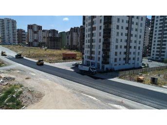 Talas Mevlana Mahallesinde Yol Çalışmaları Devam Ediyor