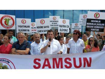 Samsun'da Sağlıkçılar, Sağlıkta Şiddete Tepki İçin Eylem Yaptı