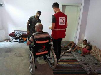Engellilere Tekerlekli Sandalye Yardımı Yapıldı