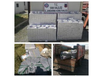 Jandarma Ot Yüklü Kamyonda 15 Bin 678 Paket Kaçak Sigara Ele Geçirdi