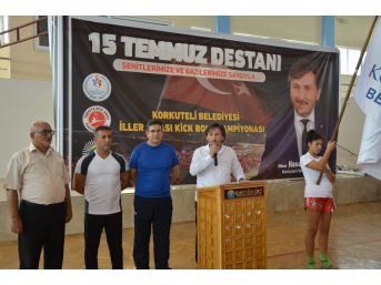 15 Temmuz Şehitleri Anısına Düzenlenen Kick Boks Şampiyonası Başladı