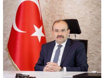 Vali Ustaoğlu'nun Bitlis'in Düşman İşgalinde Kurtuluşunun Yıl Dönümü Mesajı