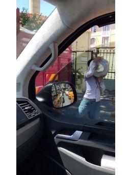 (özel) Seyir Halindeki Kamyonette Yaşanan Hırsızlık Kamerada