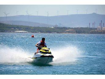 Türkiye Su Jeti Ve Flyboard Şampiyonası Aliağa'da Başladı