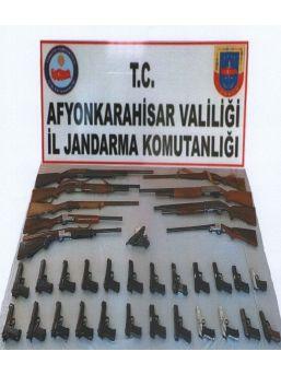 Asker Eğlencesinde Silah Atan 33 Kişi Gözaltına Alındı