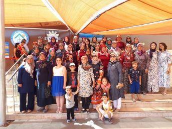 Korkutelili Kadınlar Antalya Kadınlar Plajı Ve Tünektepe'de Ağırlandı