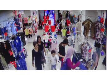Kadın Hırsızlar, Alışveriş Yapmaya Gelen Genç Kadını Soydu