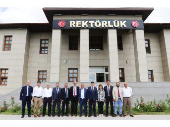 Cumhurbaşkanı Tarafından Atanan Rektörlerden Birlik Çağrısı