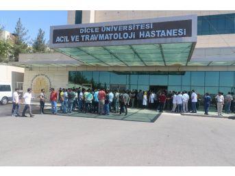 Diyarbakır'da Doktora Şiddet Kınandı