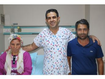 Riskli Ameliyat Sonrası Bir Günde Ayağa Kalktı