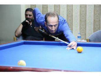 Kazım Kurt Bilardo Şampiyonlarını Kutladı