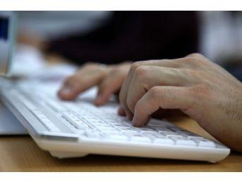 Sdü'den Tübitak Destekli 'siber Güvenlik' Eğitim Projesi