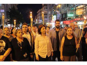 17 Ağustos Depreminde Hayatını Kaybedenler Avcılar'da Anıldı