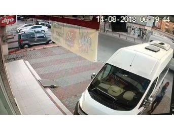 (özel) Kapıyı Açtı, Servis Şoförünü Vurdu, Yoluna Devam Etti