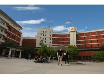 İzmir Ekonomi Üniversitesinde Yüksek Lisans Kolaylığı