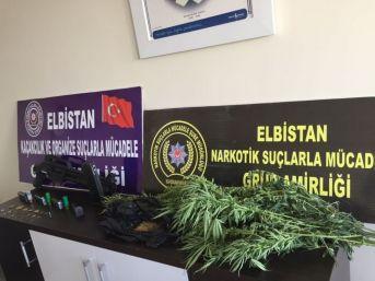 Elbistan Polisinden Tarihi Eser Ve Uyuşturucu Operasyonu