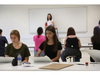 Kbü'de Öğrenciler Müzik Ve Resim Bölümleri İçin Ter Döküyor