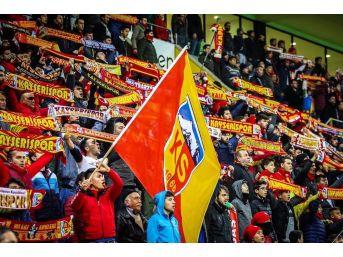 Kayserispor Taraftarı Stadı Dolduracak