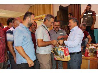 Başkan Tutal, Belediye Personeliyle Bayramlaştı