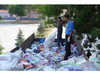 Kütahya'daki 207 Kuruma 202 Bin 444 Tl'lik Atık Kağıt Katkısı