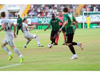 Spor Toto Süper Lig: Akhisarspor: - Çaykur Rizespor: 1 (ilk Yarı)
