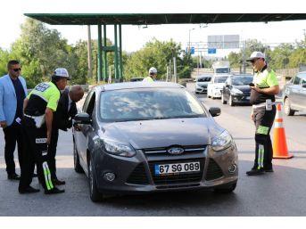 Sakarya'da Hatalı Sürücülere Kırmızı Düdük Uygulaması