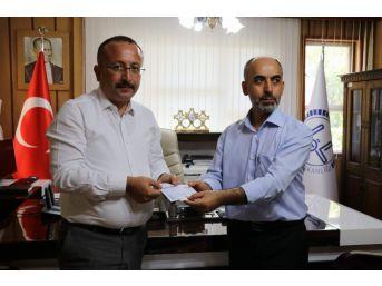Siirt'te İlk Kurban Bağışı Vali Atik'ten