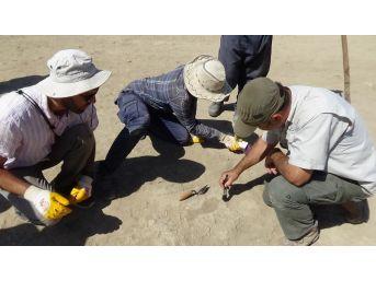 Van'da 2700 Yıllık Urartulu Kadının Ayak İzine Rastlandı