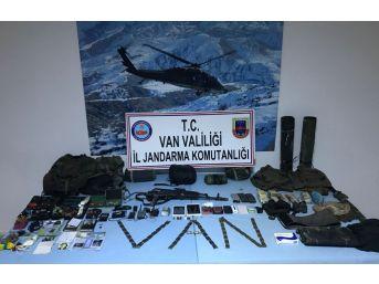 Van'da Etkisiz Hale Getirilen Teröristlerin Sığınağı Bulundu
