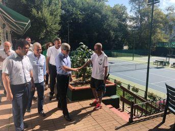 Vali Çınar, Tenis Kortunda İncelemelerde Bulundu