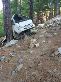 Yayla Dönüşü Trafik Kazası: 2 Ölü, 2 Yaralı