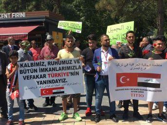 Kayseri'de Yaşayan Iraklılar Sembolik Dolar Yaktı