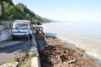 Belediye Plajı deniz mevsimine hazırlanıyor