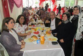 Yemekli Mezuniyet Töreni düzenlediler