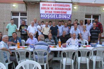 Alaplı Ortacı köynde toplu iftar yemeği verildi