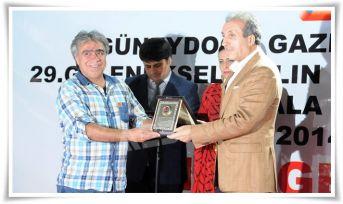DHA Elazığ Temsilcisi Gezici, ödülünü aldı