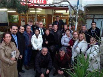 CHP'li İrfan Öztürk, danışmanlarıyla Çınarcık'ta